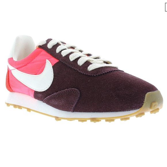 size 40 2060e ae5d2 Nike Women s Pre Montreal Racer Vintage - Size 7.5